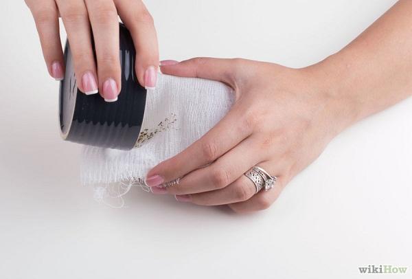 Cách làm tinh dầu hoa oải hương tại nhà bước 6